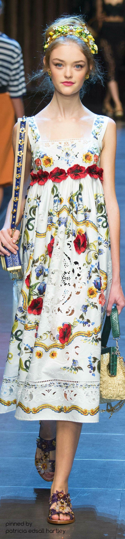 #Farbbberatung #Stilberatung #Farbenreich mit www.farben-reich.com Dolce & Gabbana...2016