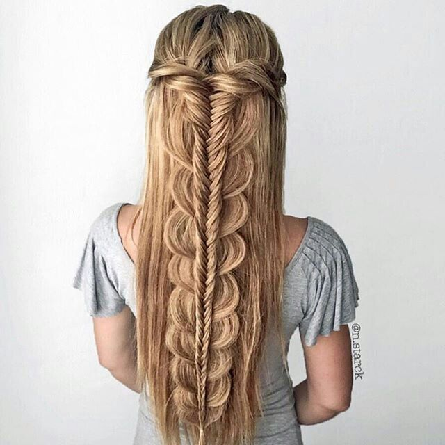 Would never be able to do that braid, but it is gorgeous