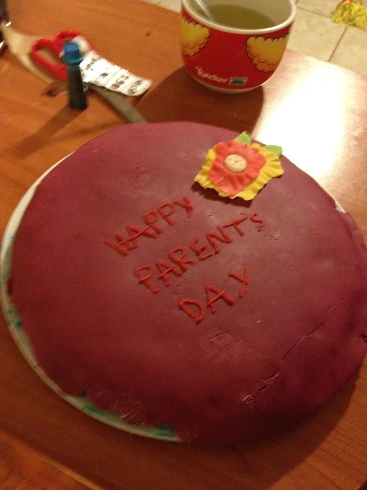 Happy Parents Day Cake