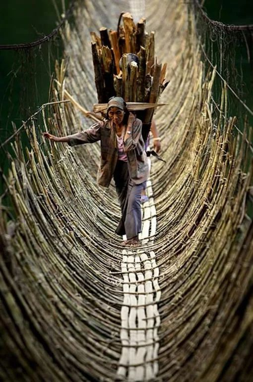 Photo: The Bamboo Cane Bridge in the village Kabua – Republic of the Congo.