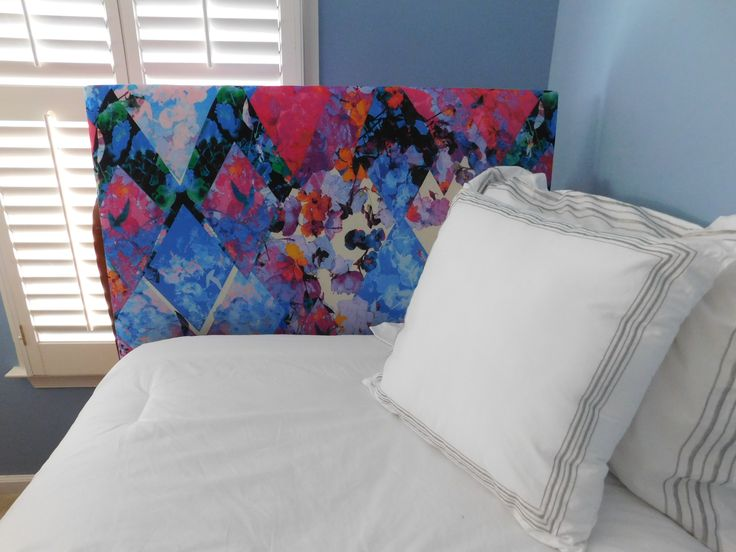 #headboard #uBoard #college #dormdecor #dorm #vintage #collegedorm #college #collegegifts #shopuBoard #tapestry #black #white #graphic #bright #vibrant #neon #girly #girlydorms #hipster #boho #sheek