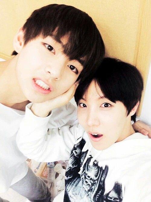Bangtan Boys ❤ Taehyung (v) & Hoseok (j-hope)