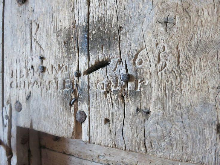 ancient graffiti in Chateaudun
