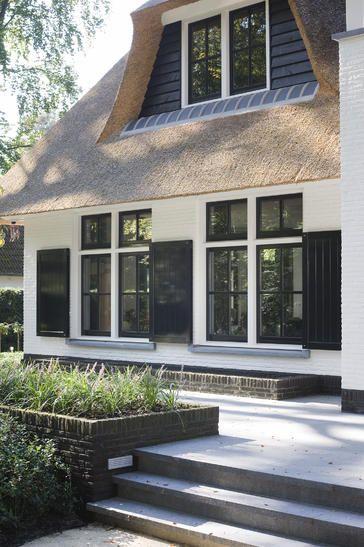 Detail voorgevel landhuis op de Veluwe