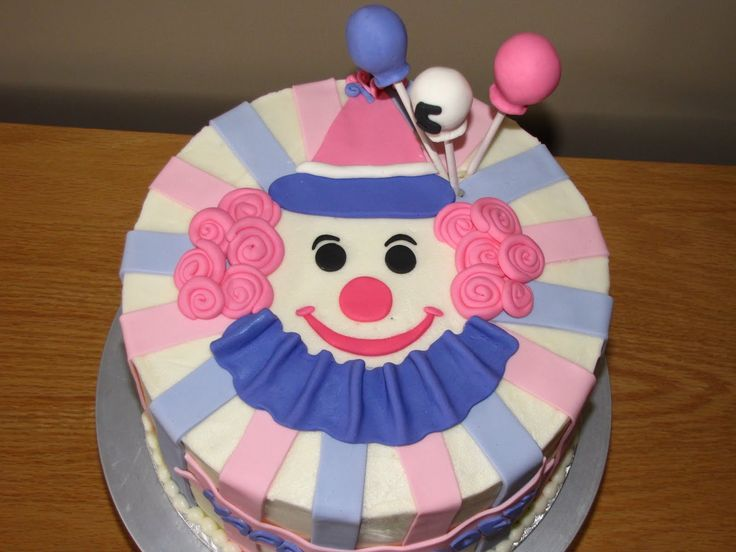clown cake   Clown Cake