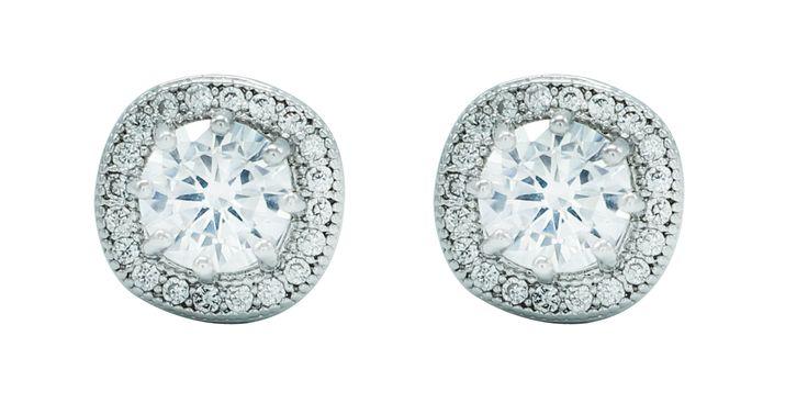 Stud Earrings , sparkle like diamond !! Classic one!
