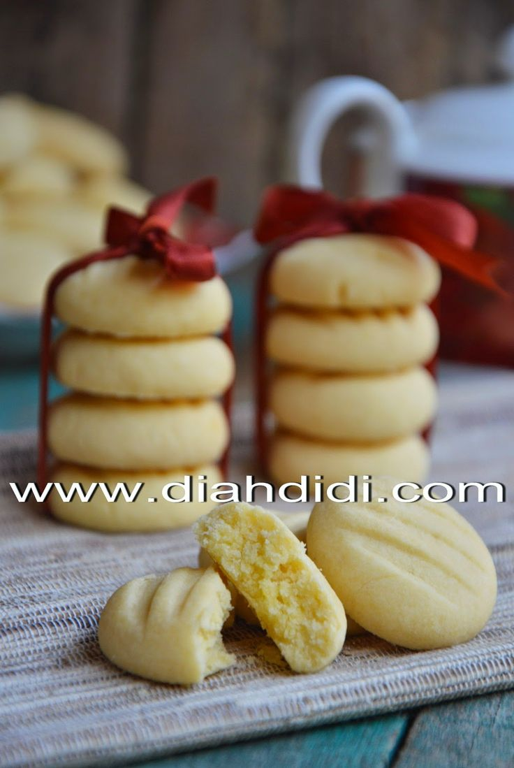 Diah Didi's Kitchen: Cookies Vanilla Kentang..Lembut flour and melted in the mouth ^ _ ^
