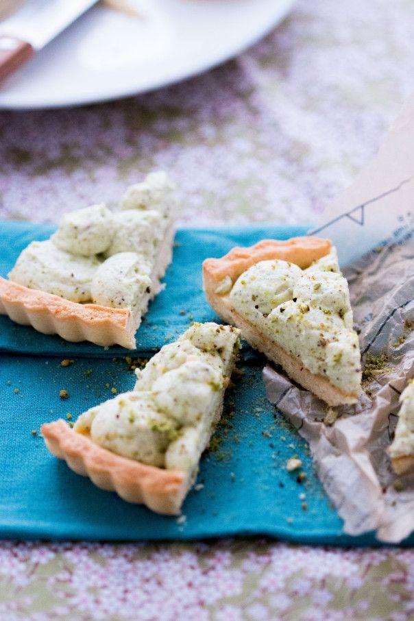 Vegan Pistachio and coconut cream mousse tart