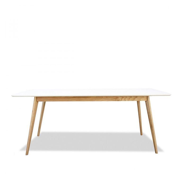 Table scandinave bois et laque Skoll Large 180cm 5 jours 224 euros prix solde