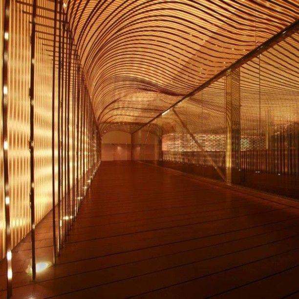 Teeq, em Kuala Lumpur, Malásia. Projeto do escritório Design Spirits co. #design #iluminação #light #lighting #lightingdesign #conceito #concept #interior #interiores #artes #arts #art #arte #decor #decoração #architecturelover #architecture #arquitetura #design #projetocompartilhar #davidguerra #shareproject #teeq #kualalumpur #malasia #malaysia #designspiritsco
