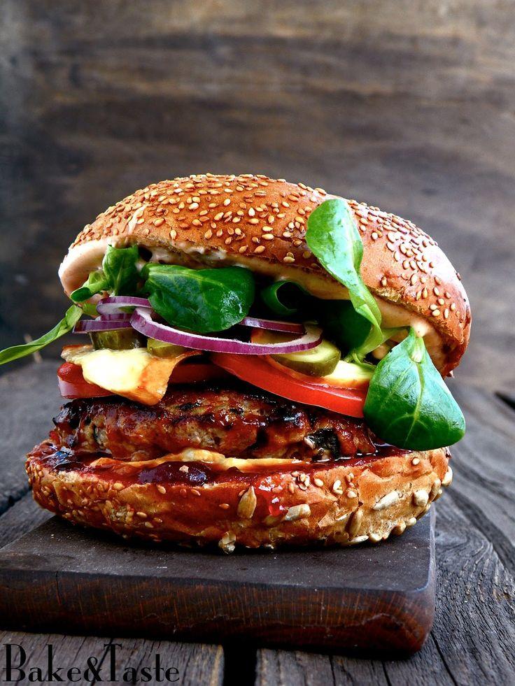 Bake&Taste: Burger z oscypkiem i żurawiną