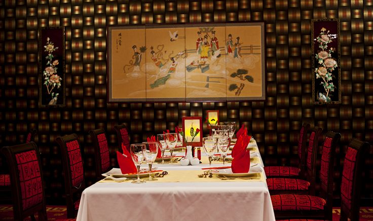 Dragon a la carte #restaurant: serves the most exquisite flavours of Chinese #cuisine in an amazing atmosphere.