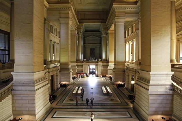 Innenaufnahme des Justizpalast in Brüssel (niederländisch Justitiepaleis van Brussel, französisch Palais de Justice de Bruxelles)