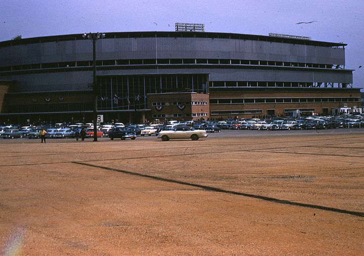 17 Best images about Milwaukee County Stadium on Pinterest ...