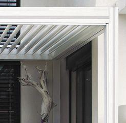detail-pergola-alu-bioclimatique-hardtop-plus-annecy-motif-pilier-exclusivite