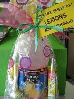 Room Mom 101: Thirsty? Grab a Drink to Give as a Gift!