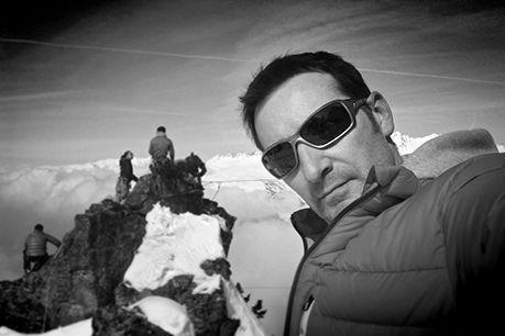 Photographe professionnel indépendant spécialisé en photographie d'architecture, reportage et portraits pour les entreprises et l'industrie. Je suis basé à Bourg St Maurice en Savoie à proximité des plus grandes stations des Alpes (Tignes, Val d'Isère, Les Arcs, La Plagne, Courchevel, Val Thorens…)