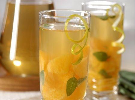 Drink diferente. Chá de tangerina e cravo. Faz bem e é bom! | Luanna Ellis