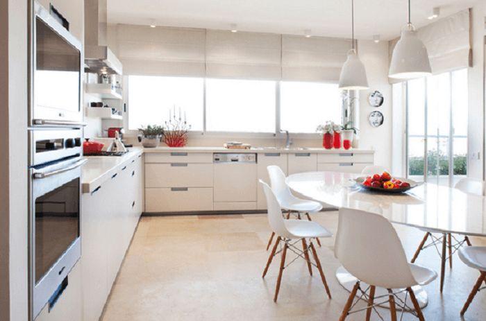 simple mid century modern kitchen
