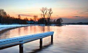 Wie wäre es mit einem Winterurlaub zum unschlagbaren Preis im idyllischen Templin am Lübbesee? Das AHORN Seehotel Templin ist der ideale Ort für eine Verschnaufspause. Winterwanderungen in traumhafter Naturlandschaft rund um den See und die Uckermark und ein vielseitiges Aktiv- und Wohlfühlprogramm im Hotel garantieren erholsame Tage!