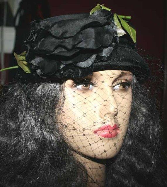 1940-50 tilt veil pillbox hat.please everyone...start wearing hats to church again!