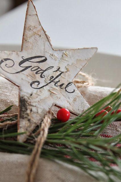 VIBEKE DESIGN: Norsk og bitte litt fransk rød jul....