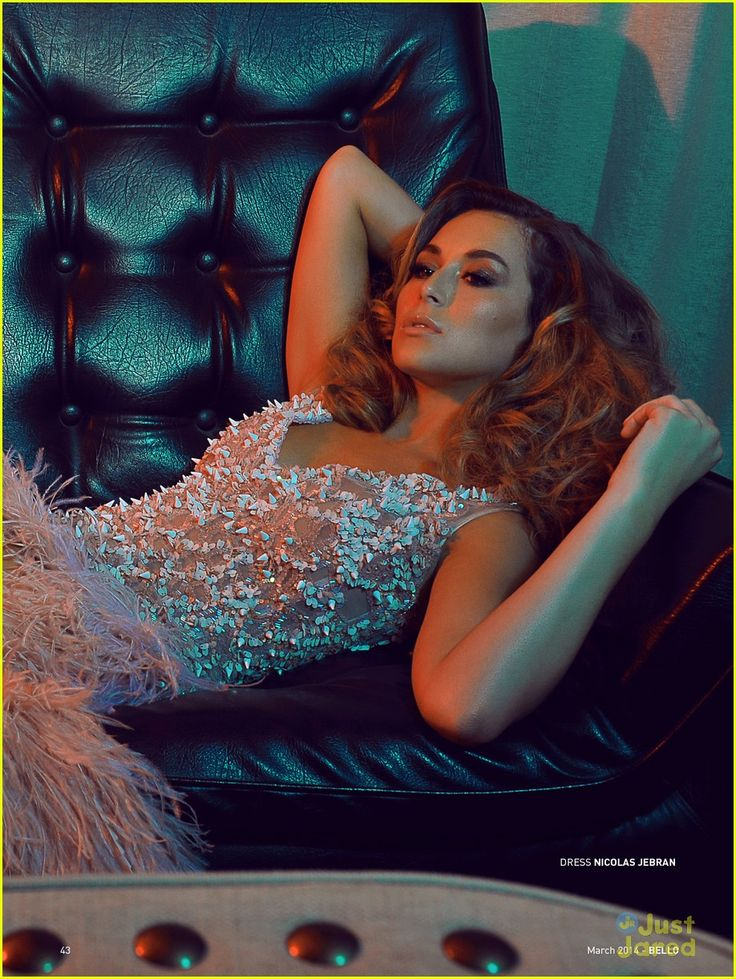 Alexa Pena Vega is an absolute stunner on the March 2014 cover of Bello Magazine