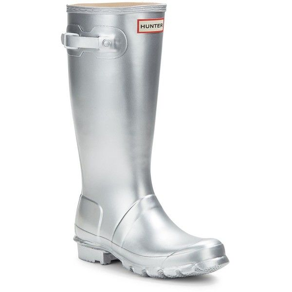 Hunter Metallic Rubber Rain Boots ($80) ❤ liked on Polyvore featuring shoes, boots, silver, metallic shoes, wellies boots, hunter boots, round toe boots and wellington boots