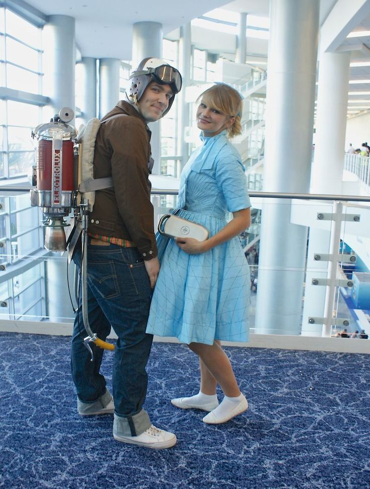 Another look at Young Frank Walker and Athena from D23. They make a cute couple. Found on Babble.