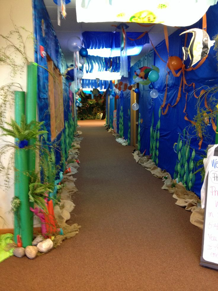 Underwater ocean hallway bulletin boards and displays for Decoration 4 life
