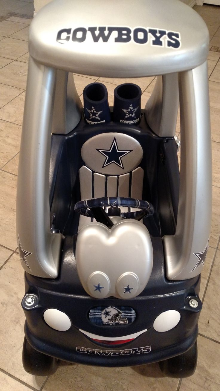 Turned a discarded Little Tykes car into a cute Dallas Cowboys Coupe!   Loved doing this project!!!  Will be on look out for more discards...lol