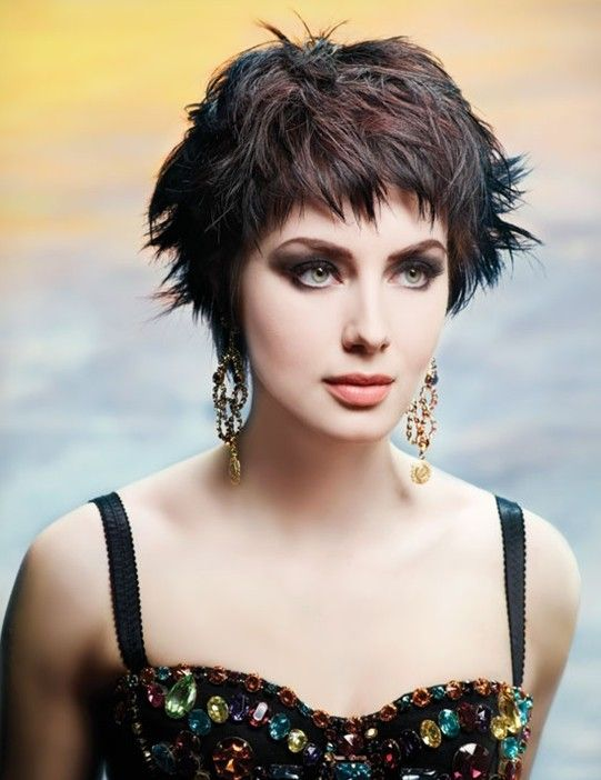 short messy haircuts 25 best ideas about cropped hairstyles on 1265 | f43e87de16da30dcd320c793fcaccf04