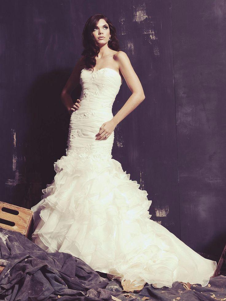 79 best The Floral Wedding! images on Pinterest | Short wedding ...
