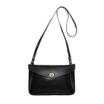 Mimi Berry · Classic Eric in Black | Shoulder Bags · Waremakers
