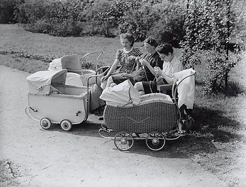 Pas in 1956 mochten getrouwde vrouwen werken, een bankrekening openen en zonder toestemming van manlief op reis