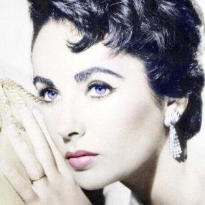 Elizabeth Taylor ~ I finally see her violet eyes!