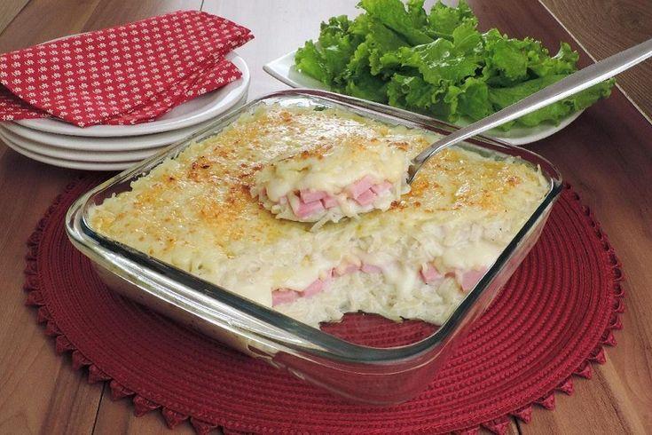 Prepare enformado de batata com presunto e queijo para deixar o almoço com mais sabor! Foto: Stela Handa | Produção: Stela Handa e Maria Olinda Cabral