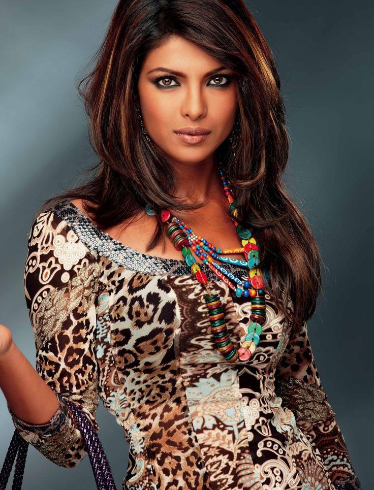 Индианка звезда актриса, невесту трахают двойным проникновением