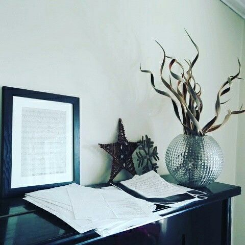 Notes & stars. #piano #inredning #home #interior #interiör #decoration #music #musique
