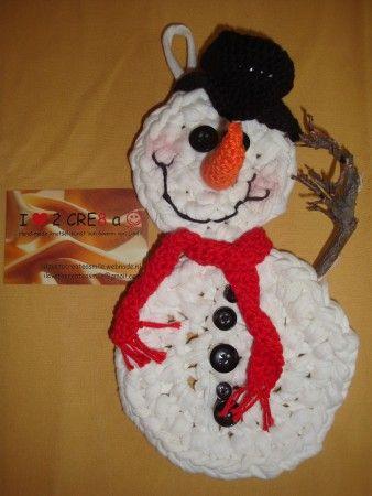 sneeuwpop, (szpagetti-)haakwerk met takjes en knoopjes