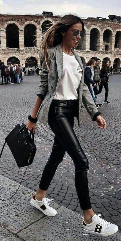 9 Preuves que le pantalon en cuir sauve n'importe quel look