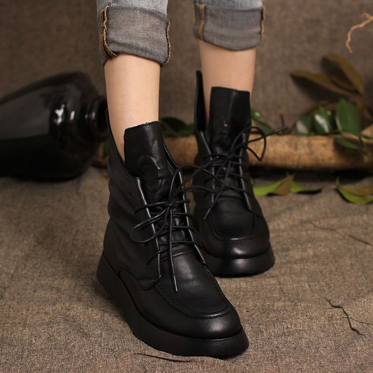 99.50$  Buy here - http://alih0d.worldwells.pw/go.php?t=32775769748 -  Designer Womens Chelsea Boots Sale Handmade Full Grain Leather Black Boots Lace-up Martin Boots Round Toe  Female  Ankle Boots