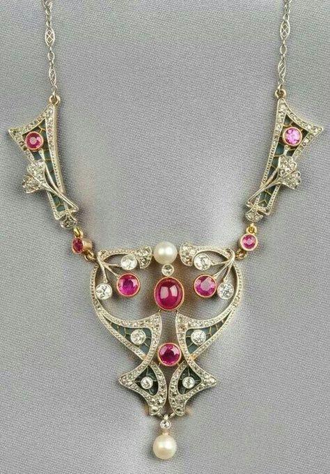 Art Nouveau Ruby, Pearl ans Diamind Necklace cca 1900