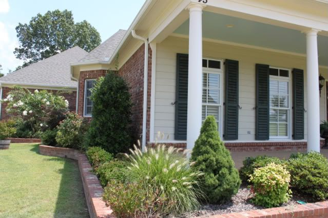 Siding - light tan, shutters - a greenish??  (maybe lean toward a blueish): Houses Colors, Blue Accent, Side Colors, Colors Side, House Colors, Sands Colors, Brick Planters, Red Brick, Accent Ceiling