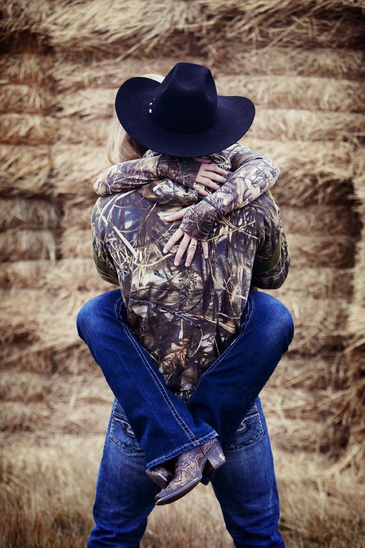 sexy camo/country engagement photo