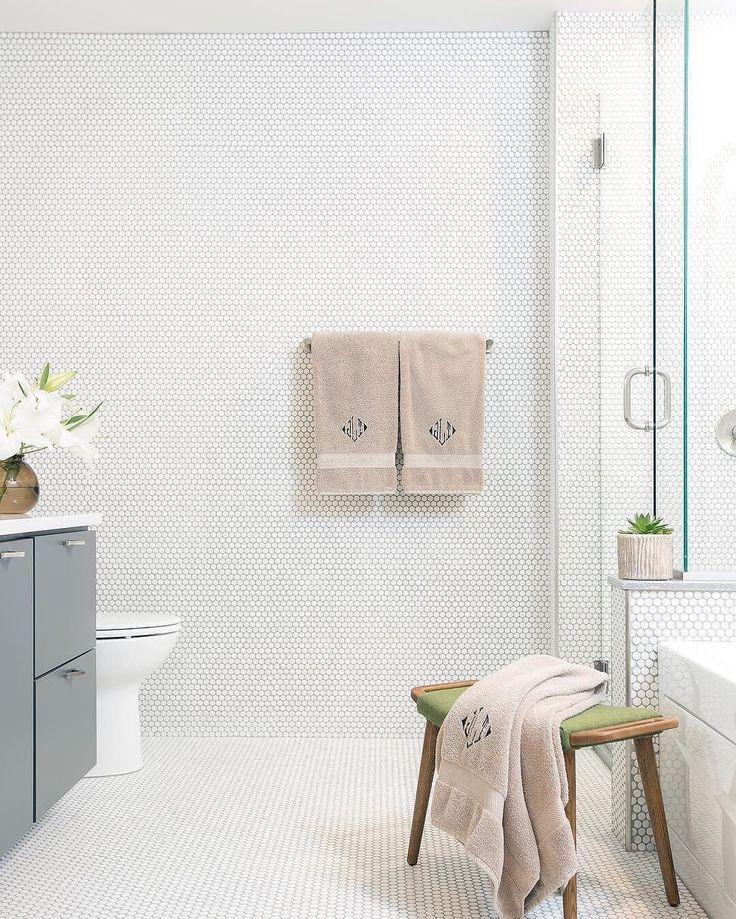 Beadboard In Bathroom, Wallpaper For Bathroom