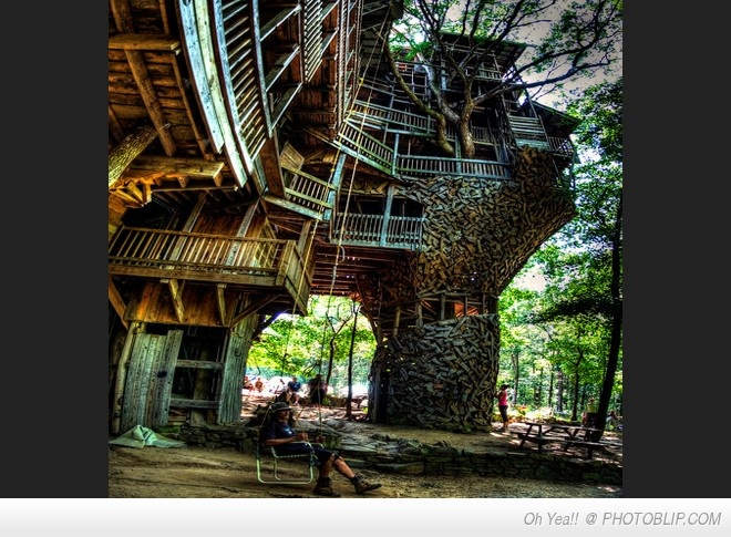 The Coolest Treehouse Ever!!!