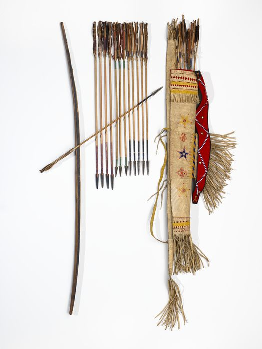 Chiricahua Apache quiver, bow  arrows. Natl. Mus. of the American Indian