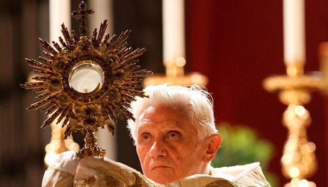 Capturador de Imágenes: « La fe se expresa en el rito y el rito refuerza y fortalece la fe »