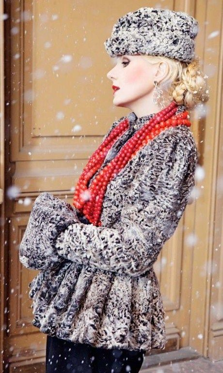 Russian style in fashion. Renata Litvinova wears a fur lamb ensemble. She is a Russian actress, a film director and a screen writer. Renata Litvinova has a bright personal style.